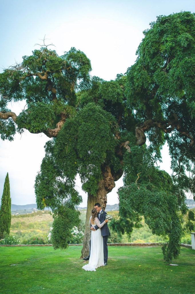 candid wedding in villa mocale san casciano florence
