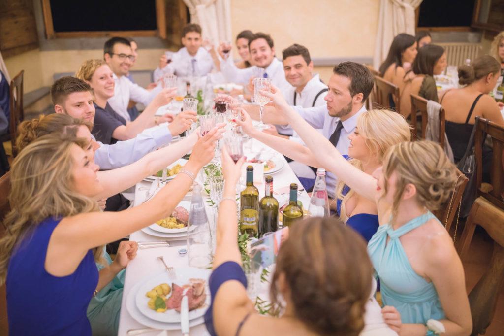 wedding party in castello vicchiomaggio greve in chianti florence
